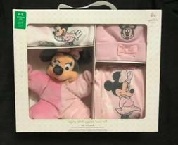 NEW & SEALED! Disney Store - Disney Baby Girl Gift Set - Pin